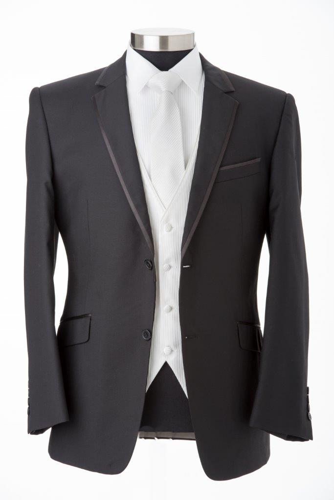 Black Edge Suit Hire in Melbourne
